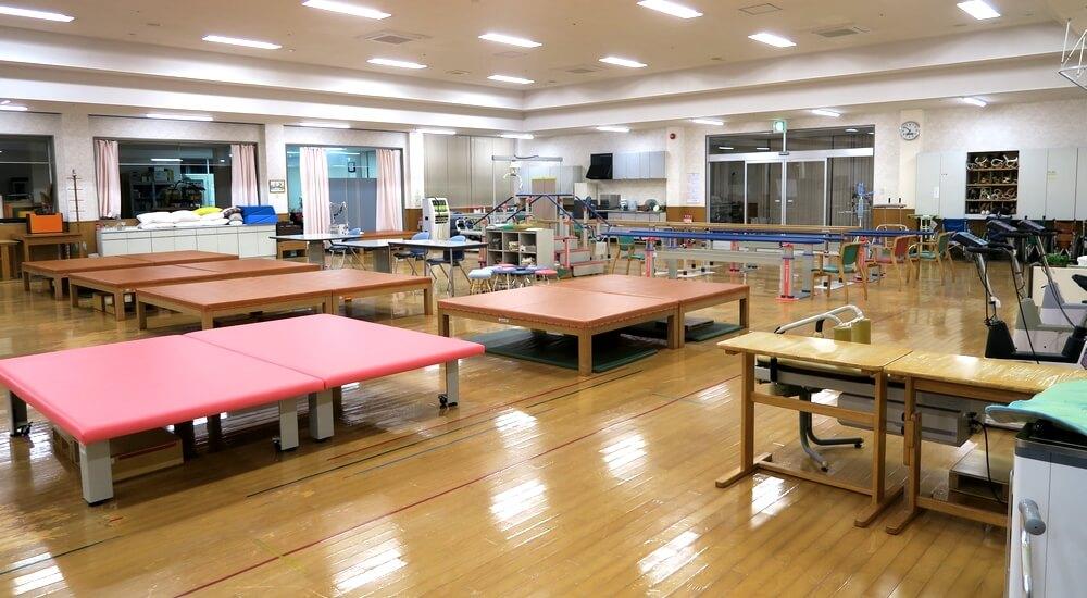 徳田脳神経外科病院のリハビリルーム